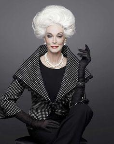 Gorgeous Grey Hair: A Proud Legacy Carmen Dell'orefice, Older Models, Glamour, Advanced Style, Helen Mirren, Grey Hair, Timeless Beauty, Big Hair, Fashion Over
