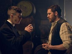 The first stills of Tom Hardy with Cillian Murphy in period gangster drama Peaky Blinders. Wellllll...I guess this is my new favorite show!!!!