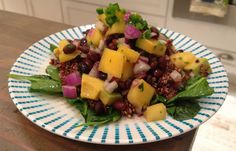 Tropical foods were the topic of discussion at Freshmade NYC's last Kids Dinner Club class (ages 3 to so they couldn't resist making a tropical salad! The kids loved it because it was colorful with a touch of sweetness thanks to the mango. Get the recipe! Clean Recipes, Raw Food Recipes, Cooking Recipes, Healthy Recipes, Savory Salads, Mango Salad, Vegetarian Entrees, Le Chef, Tasty Dishes