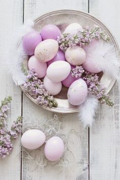 Find images and videos about love, easter and eggs on We Heart It - the app to get lost in what you love. Happy Easter, Easter Bunny, Easter Eggs, Spring Colors, Spring Flowers, Easter Colors, Idee Diy, Easter Table, Egg Decorating
