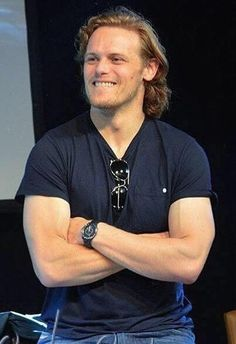 "Kristie on Twitter: ""@Sheugs @ninaHanssens @Safer_Place @OutlanderAmbass @OutlanderHQ @SanneBorsti @joanapolis @DutchSassenach Oh yeah! Happy Mondat to me!"""