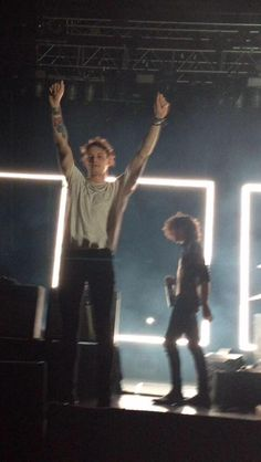 Acurate representation of what I see bc Matty is blurred out and g is clear asf