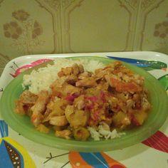 Lecsós csirkemell, egy hagyományos recept a csirkemell receptek közül Grains, Rice, Chicken, Meat, Food, Essen, Meals, Seeds, Yemek