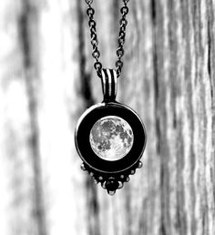 The full moon is the phase of romance, passion, and crazy! 🌚 #LunarLove #Moonglow