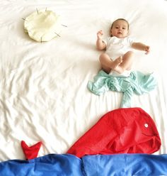A pretty red whale, or another color depending on the accessories you have at home, and Baby Toddler Photos, Baby Girl Photos, Baby Pictures, Newborn Baby Photography, Newborn Photos, Children Photography, Monthly Baby Photos, Photo Souvenir, Foto Baby