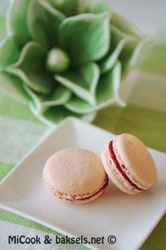 Zumbo's macarons met frambozenvulling Donut Muffins, Donuts, Macarons, High Tea, Cake Decorating, Sweet Treats, Food Porn, Brunch, Sweets