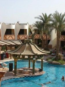 Dolphia Country Club Hb Ai 3 Sharm El Sheikh Vacanta Egipt-All inclusive-Hotelul are o suprafata medie. Recomandat vacantelor linistite. Sharm El Sheikh, Country, Dining Table, Patio, Club, Outdoor Decor, Home Decor, Decoration Home, Rural Area