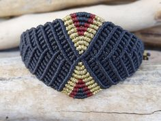 macrame bracelet with czech seed beads, burgundy bracelet - Her Crochet Macrame Bag, Macrame Jewelry, Macrame Bracelets, Jewelry Logo, Cute Jewelry, Jewelry Crafts, Etsy Jewelry, Diy Fashion Projects, Wire Crochet