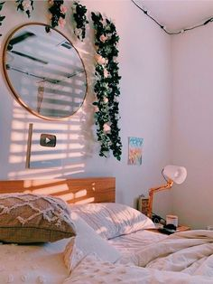 Room Ideas Bedroom, Bedroom Decor, Bedroom Inspo, Neon Bedroom, Bedroom Signs, Bedroom Rustic, Bedroom Apartment, Bed Room, Cute Room Decor