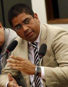 Empresário diz que outros políticos do PSDB receberam dinheiro desviado da Petrobras