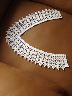 Cuello de Crochet. Crochet Collar Crochet Collar Pattern, Col Crochet, Crochet Stars, Crochet Motif, Crochet Stitches, Crochet Patterns, Beginner Knitting Patterns, Hand Work Embroidery, Lace Collar