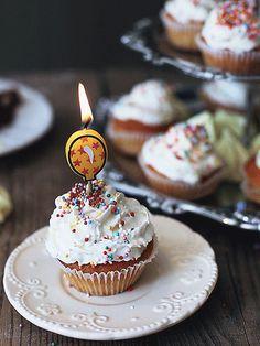 Birthday Messages – Wish Letter - Geburtstag Happy Birthday Cupcakes, Happy Birthday Celebration, Happy Birthday Gif Images, Birthday Photos, Birthday Wishes Quotes, Birthday Messages, Gif Animé, Happy B Day, Birthday Candles
