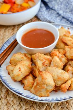 Forget takeout, with this delicious Actifry Sweet and Sour Chicken Bites - the perfect dish for your Chinese Fakeaway night. Dairy Free, Slimming World and Weight Watchers friendly. Slimming World Fakeaway, Slimming World Dinners, Slimming World Chicken Recipes, Slimming World Recipes Syn Free, Slimming Eats, Actifry Recipes Slimming World, Slimming Workd, Ww Recipes, Light Recipes