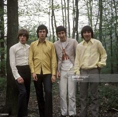 Photo of The Who; Roger Daltrey, John Entwistle, Pete Townshend & Keith Moon - posed, group shot