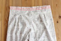 タック入りサーカスパンツの製図・型紙と作り方 | nunocoto fabric Tandoori Masala, Linen Pants, Gym Men, Fabric, Crafts, Fashion, Tejido, Moda, Tela