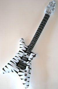 Luftgitarren Flying V 4-Stück-Set schwarz/weiß