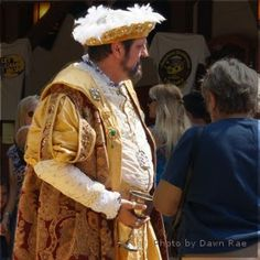 Review This!: The Story of How I Rubbed Elbows with King Henry VIII
