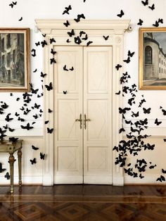 easy halloween decorating ideas: stick on butterflies