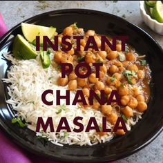 This is the most authentic Chana Masala (Chole) made in the Instant Pot.so delicious! Enjoy with rice, naan or bhatura Veg Recipes, Curry Recipes, Indian Food Recipes, Cooking Recipes, Healthy Recipes, Indian Snacks, Indian Appetizers, Instant Pot Pressure Cooker, Pressure Cooker Recipes