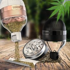 Featuring a ever expanding list of cool weed grinders at the best prices. Weed grinders are a 'must have' if you're a true smoker but a good quality. Ganja, Glass Pipes And Bongs, Accessoires Iphone, Weed Humor, Puff And Pass, Up In Smoke, Stoner Girl, Smoke Shops, Smoking Accessories