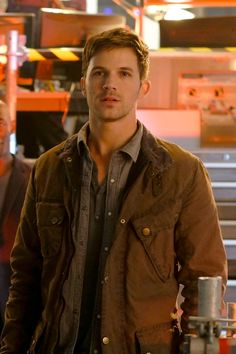 5 places you've seen Matt Lanter on screen, sponsored by NBC's Timeless. Matt Lanter Timeless, Bad Boys, Pleasing People, Jamie Campbell Bower, Photography Poses For Men, Inspirational Celebrities, Yesterday And Today, Good Looking Men, Actor