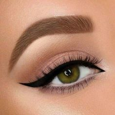 29 Gorgeous Eye Makeup Looks For Day And Evening – eye makeup eye shadow 29 Gorgeous Eye Makeup sucht nach Tag und Abend – Augen Make-up Lidschatten Makeup Eye Looks, Eye Makeup Steps, Beautiful Eye Makeup, Simple Eye Makeup, Simple Eyeshadow Looks, Natural Makeup, Simple Makeup Looks, Amazing Makeup, Classic Eye Makeup