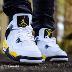 0b7153abf2f Instagram post by Matt Wood 👉 @oneraresole • Apr 20, 2016 at 7:15pm UTC.  Jordan Sneakers ...