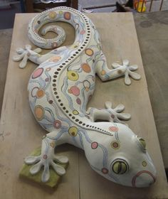 Gecko Cake With Aboriginal Type Art Applied Geckos