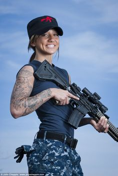 """Rihanna's Battleship mentor says star 'loved' handling guns 