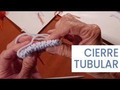 Explicación detallada de cómo tejer un cuello escote en V o en pico, que sea fácil y que quede perfecto terminado. Videos paso a paso Easy Knitting, Double Knitting, Knitting Stitches, Knitting Needles, Knitting Patterns, Casting On Stitches, Bind Off, Knit Crochet, It Cast