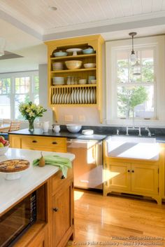 Country Kitchen Design Pictures and Decorating Ideas - Kitchen Decor Yellow Kitchen Cabinets, Kitchen Cabinets Decor, Farmhouse Kitchen Cabinets, Kitchen Cabinet Design, Kitchen Furniture, Kitchen Interior, Home Interior Design, Kitchen Yellow, Kitchen Cupboards
