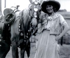 Prairie Rose Henderson and a favorite horse, around 1920. Source: National Cowgirl Museum and Hall of Fame, Fort Worth, Texas