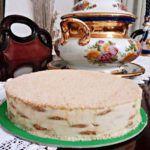 O Melhor Bolo de Bolacha do Mundo - Receitas e Menus © Dessert Recipes, Desserts, Vanilla Cake, Sweets, Food, Goodies, Cake Receipe, Vanilla Sponge Cake, Rice Ball