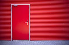 From smoke doors, to fire exit doors, there are no doors that Ultimate Doors cannot manufacture and install.