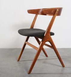 Helge Sibast; Oak and Teak Plywood Chair for Sibast, 1950s.