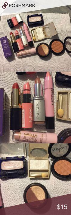 Make up bundle - gently used 10 sets Make up bundle - gently used 10 sets Makeup Lipstick