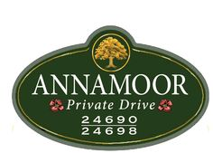 Address and Private Drive sign for Annamoor family. Personalized name and address signage made in routed hdu. Strata Sign Company  www.customoutdoorwoodensigns.com