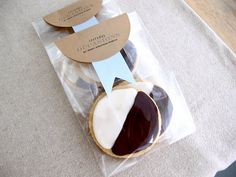 Cute DIY packaging for goodies in cellophane bags (make sure to use biodegradable ones!)