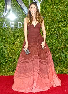 The Younger actress—a two-time Tony winner—celebrated this year's nominees in a chocolate ombre ball gown with a sweetheart neckline, which she accessorized with an embellished clutch and rubies.