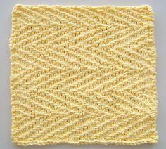 Tre klude | Gratis strikkeopskrifter | Strikkeglad.dk Dishcloth Knitting Patterns, Crochet Dishcloths, Knitting Stitches, Knitting Designs, Knitting Needles, Free Knitting, Knitting Projects, Crochet Patterns, Knitted Washcloths