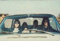 Stooges road trip!