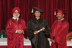 Dr. Rajshree receiving certificate of  Diploma in Minimal Access Surgery at World Laparoscopy Hospital. For more detail please log on to www.laparoscopyhospital.com