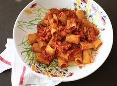 Gemüsepasta mit einer Tomaten-Ricotta-Sauce sind extra lecker. Das Rezept findet ihr auf meinem Blog. Pasta, Ricotta, Blog, Al Dente, Carrots, Cooking, Eten, Recipes, Noodles