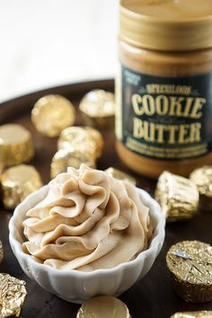 This Cookie Butter Frosting recipe is creamy and fluffy and perfect for topping cupcakes, sandwiching between cookies, or frosting cakes with! Sugar and Soul Butter Cupcakes, Butter Cookies Recipe, Butter Frosting, Frosting Recipes, Cupcake Recipes, Cupcake Cakes, Dessert Recipes, Cookie Frosting, Pastries