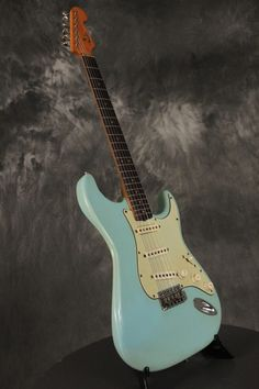 64' Fender Stratocaster Daphne Blue