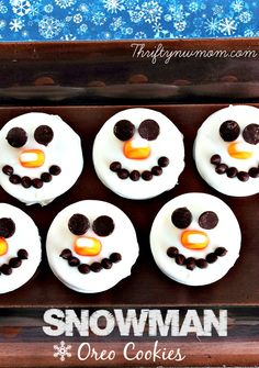 These snowman oreo cookies are so fun for the big and little kids alike that you know.  These are especially nice since you start with a package of oreos, so there is no real cooking involved in making this. They are also a great cookie to get the kids involved in helping with, as little …