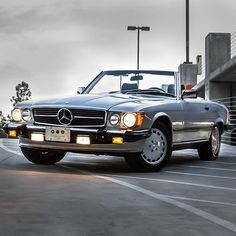 Vintage pictures of classic Mercedes Benz Cars Vintage pictures of classic Mercedes Benz CarsVintage pictures of classic Mercedes Benz CarsPurchase the auto, look good, be admired. Mercedes Benz Coupe, Mercedes Motor, Mercedes 500, Bmw Classic Cars, Classic Mercedes, Convertible, Mercedez Benz, Best Muscle Cars, Vintage Cars