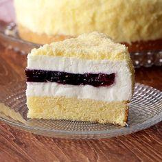 tasty mug cake Köstliche Desserts, Sweets Recipes, Baking Recipes, Delicious Desserts, Yummy Food, Twix Cheesecake Recipe, Easy Eat, No Bake Treats, Pastry Recipes