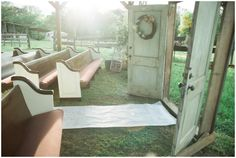 outdoor wedding cere