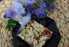 Jak upéct koláč s rebarborou a jahodami   recept
